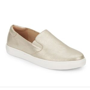 Kenneth Cole Women's Slip On Sneakers Gold 9